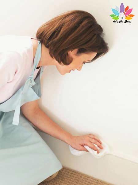 طریقه شستن کاغذدیواری